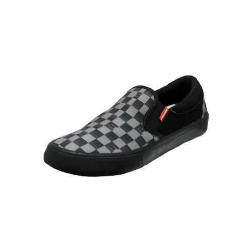 12240133-black-xadrez-01