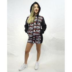 Look Jaqueta Veludo Fashion Preto