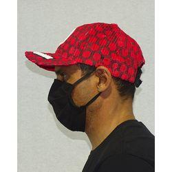 Bone-Veludo-Hexagon-Vermelho-Lateral