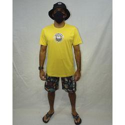Look-Camisa-Bocas-Metal-MOstarda