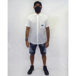 Look-Camisa-Tecido-Logos-Metal-Branco