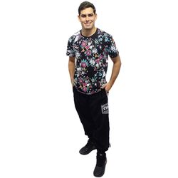 Look-Camisa-Dif-Old-Tattoo-Preto